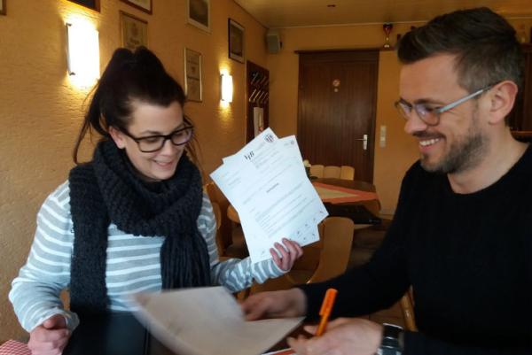 Unterschrift Pachtvertrag Gaststätte Kaiserberg