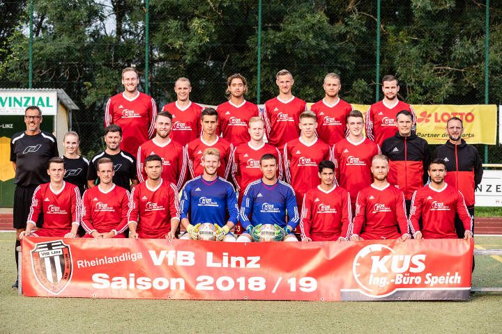 Mannschaftsfoto der 1. Mannschaft des VfB Linz in der Saison 2018/2019
