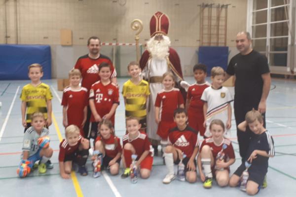 Nikolaus zu Besuch bei den F2-Junioren